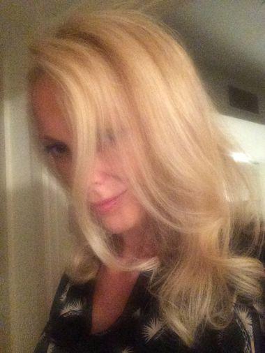 BlondiGreenEyes
